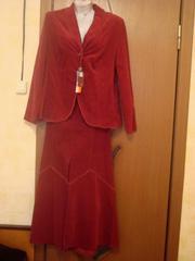 Новый женский костюм,  цвет бордо,  р-р 50-52